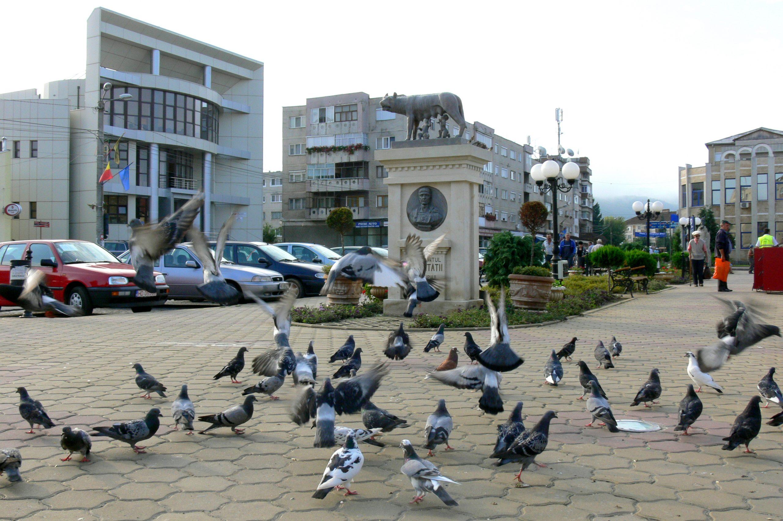 Monumentul Latinității din Piața Centrală